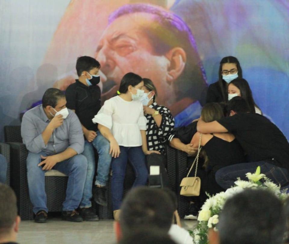 Las dolorosas imágenes de la despedida de Jorge Oñate en Valledupar