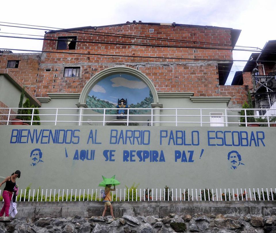 El barrio de Medellín que insiste en que lo llamen 'Pablo Escobar'