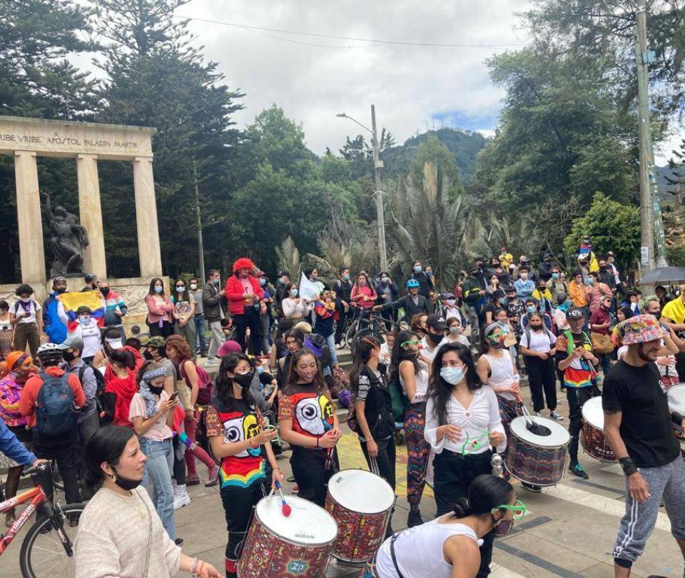 Paro 10M: jornada pacífica Colombia; despejan vías de acceso a Bogotá