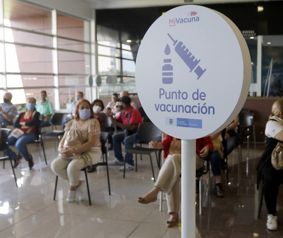 No hay segundas dosis de vacunas Pfizer en Medellín