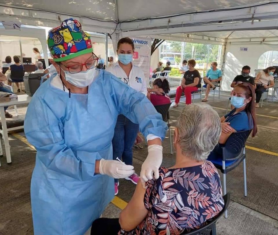 Neiva ya aplicó más de 162.000 vacunas contra el covid-19