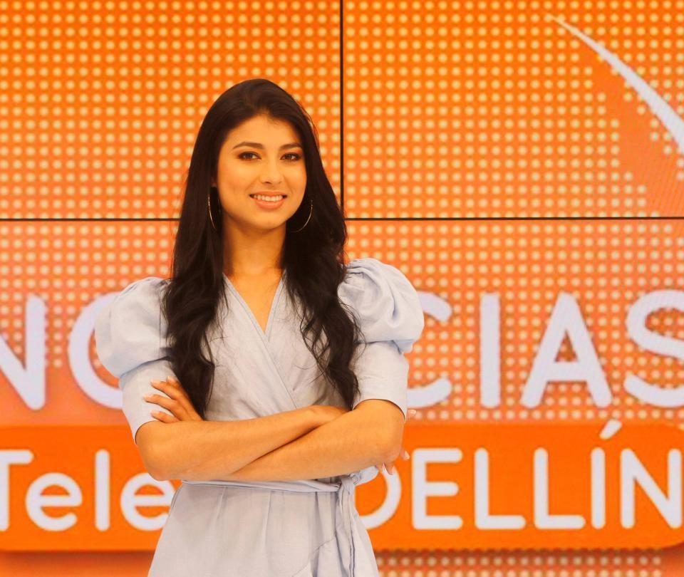 Una mujer trans presenta las noticias en Telemedellín