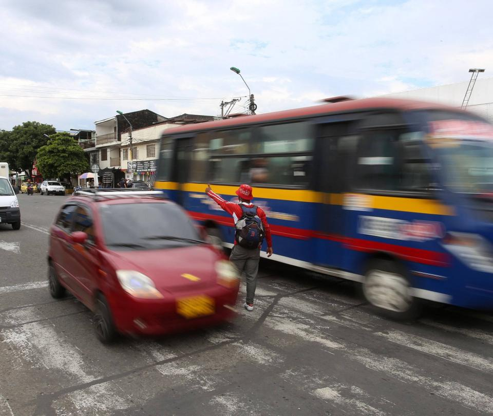 El reto de regular el tránsito entre agresiones y vandalismo
