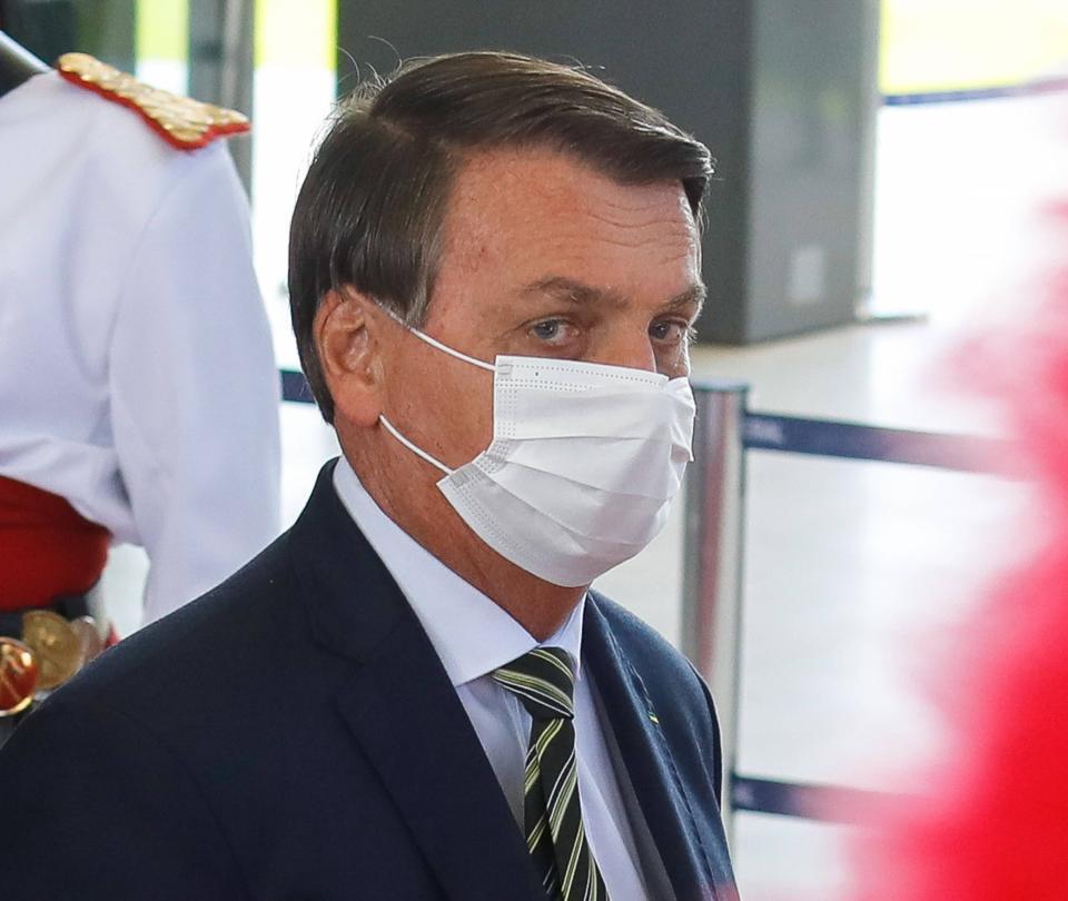 Piden la suspensión de las cuentas de Bolsonaro en las redes sociales