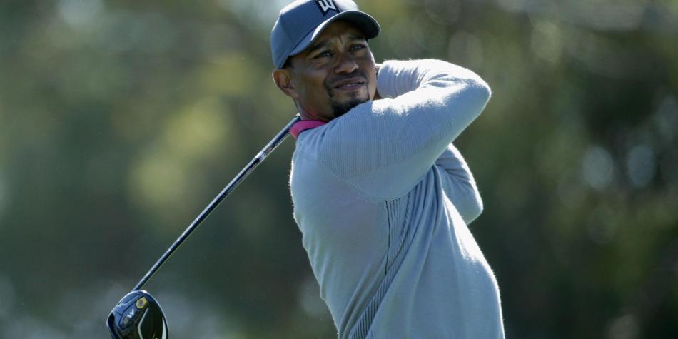 Tiger Woods recibe ayuda para manejar sus medicamentos