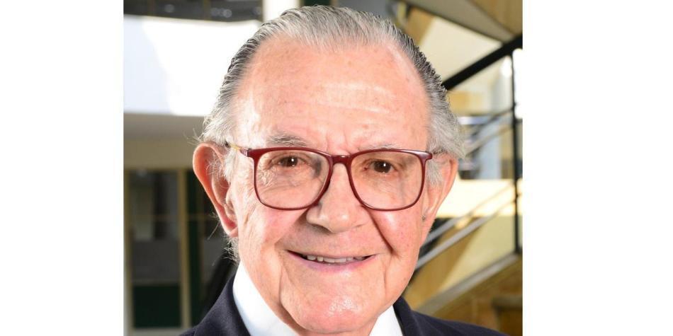 Uriel Estrada, Coomeva