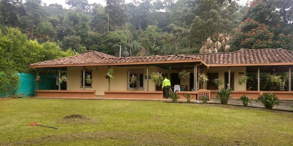 Cinco propiedades de Vicente Castaño a extinción de dominio