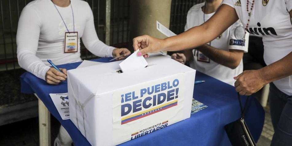Fuerzas paramilitares mataron a una persona durante el plebiscito — Venezuela