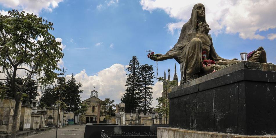 c1f2d826a5ffb Historias de terror del Cementerio Central de Bogotá - Bogotá ...