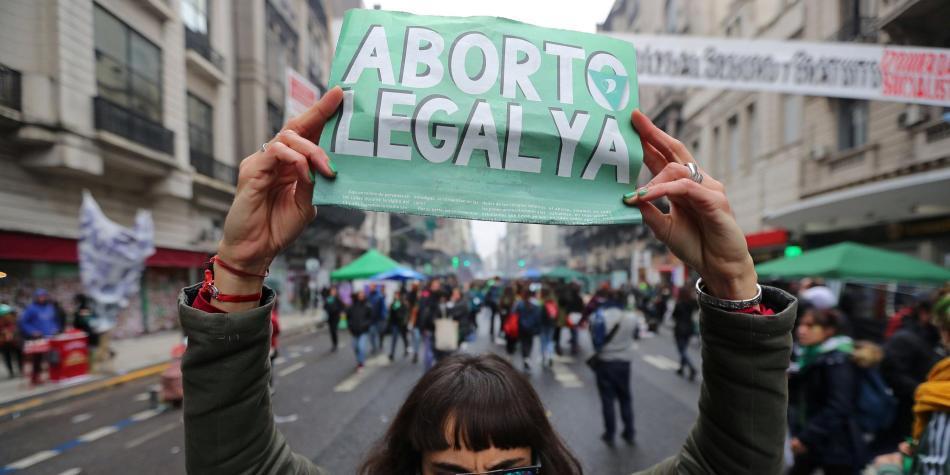 Claves para entender el proyecto de aborto que se votará en Argentina