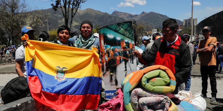 Carta abierta de expresidentes, parlamentarios e intelectuales sobre la situación en Ecuador