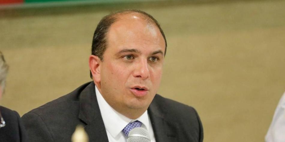 Carlos Camargo Assis,Defensor del Pueblo, 600 mil millones, elegido por la Cámara de Representantes