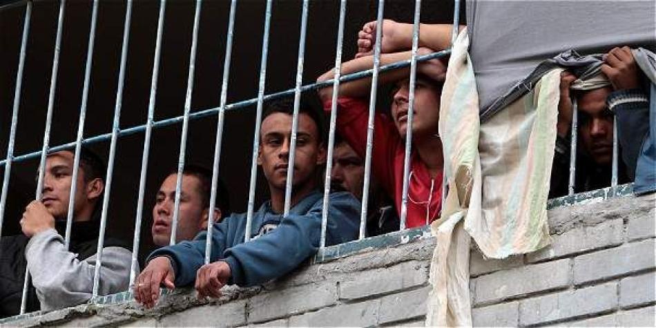 Venezolanos tienen desbordados calabozos en Cúcuta