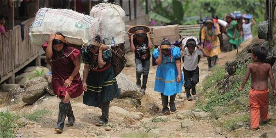 Resultado de imagen para desplazamiento colombia