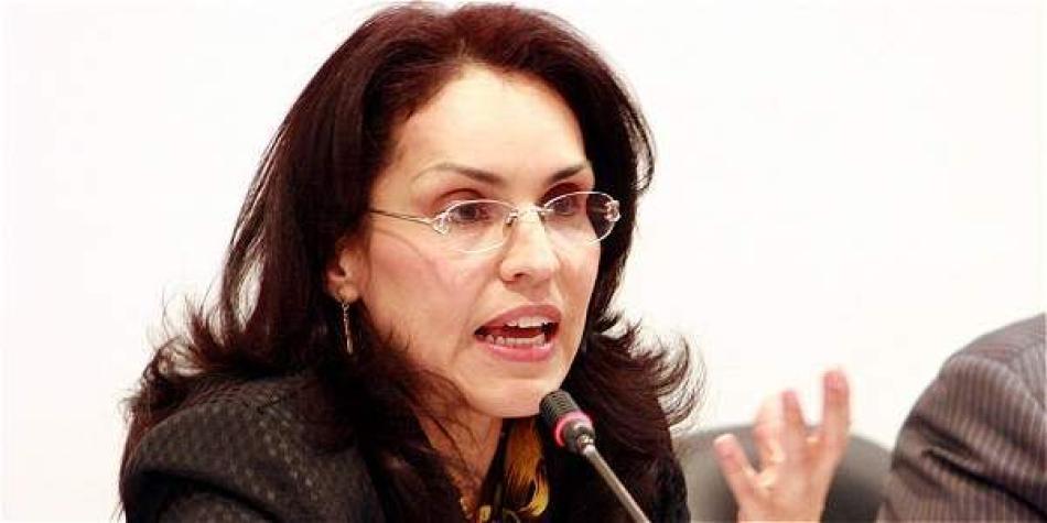 Viviane Morales pide hacer ayuno para salvar su referendo