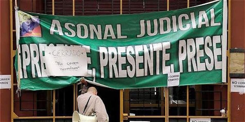 Comienza un nuevo paro de Judiciales y el Gobierno salió a convocarlos