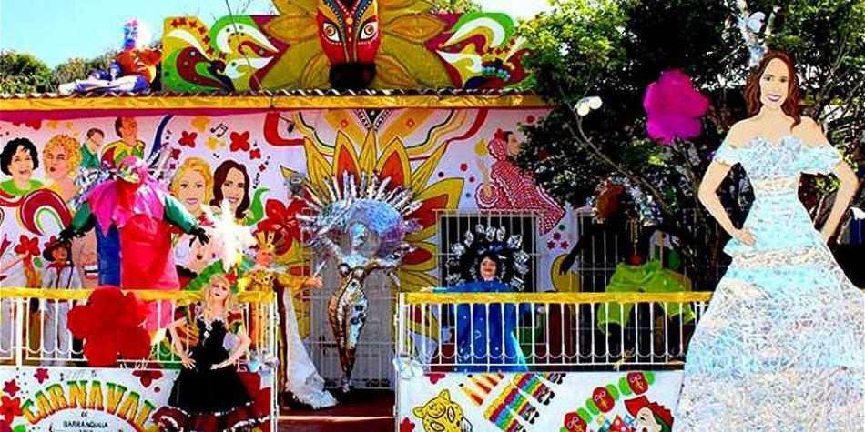 Las Casas Y Las Calles De Barranquilla Se Disfrazan De