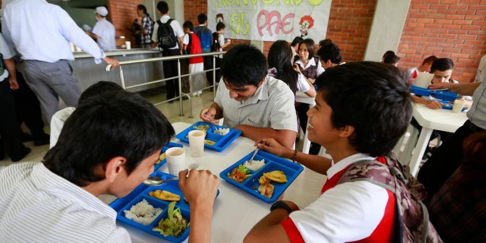 Sanción al contratista del PAE por mal estado de alimentos escolares