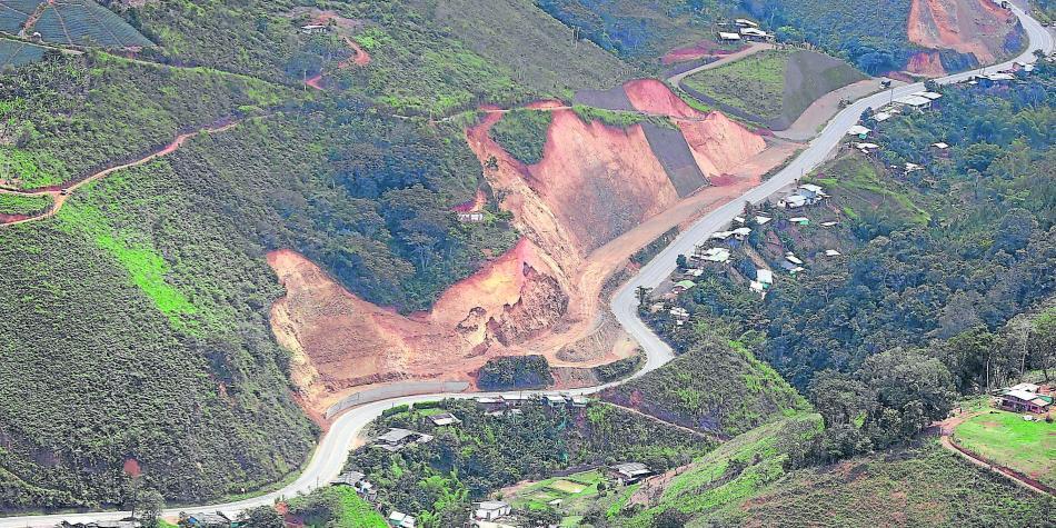 Por tiempo indefinido continuará cerrada la vía Buga-Buenaventura