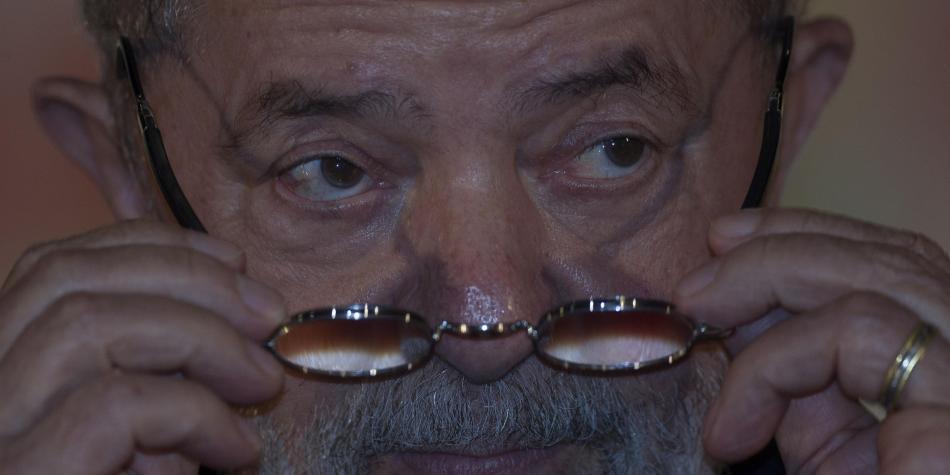 Lula niega acusación de obstruir investigación de Petrobras