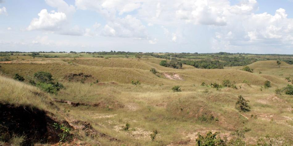 El Ubérrimo de Uribe, entre las tierras investigadas por la Contraloría