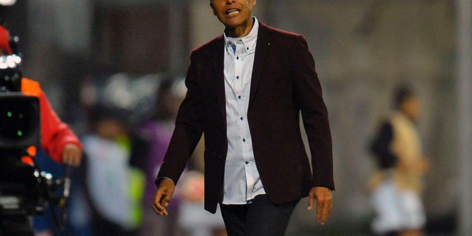 Ecuador tomó decisión final sobre su entrenador Gustavo Quinteros