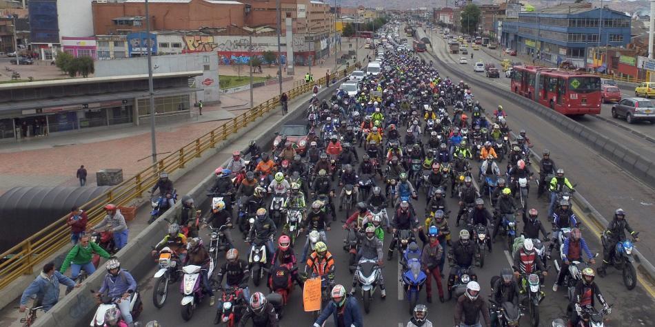 Hoy en Bogotá circulan más de 700.000 motos