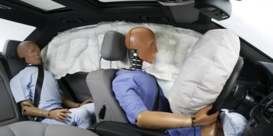 El Gobierno autoriza vender carros sin bolsas de aire y frenos ABS