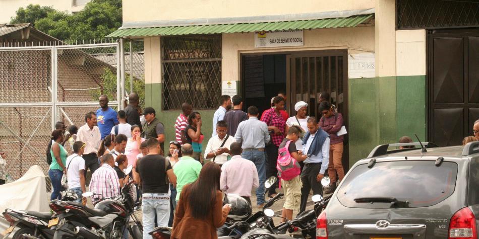 Hallan cuerpo desmembrado al interior de dos maletas en Mondomo, Cauca — COLOMBIA