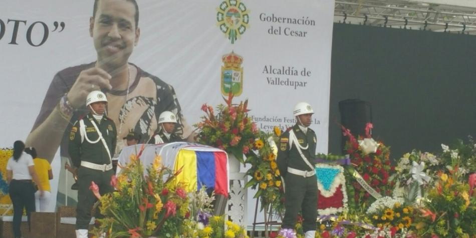 Entre lágrimas, cantos y versos, Valledupar dijo adiós a Martín Elías