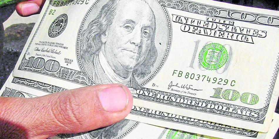 Dólar hoy inicia a la baja y se mantiene en niveles de los $ 3.336