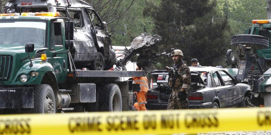 Mueren 3 militares de EEUU durante atentado en Afganistán
