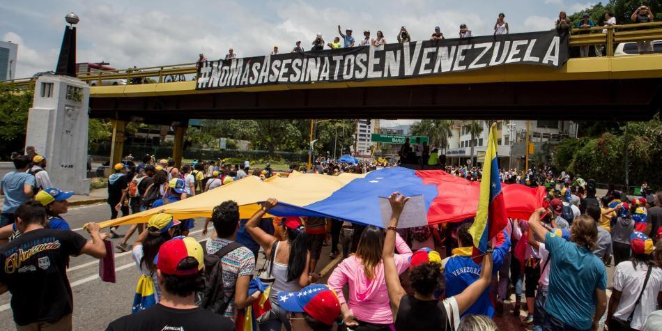 Maduro por fin pone fecha para elecciones presidenciales en Venezuela