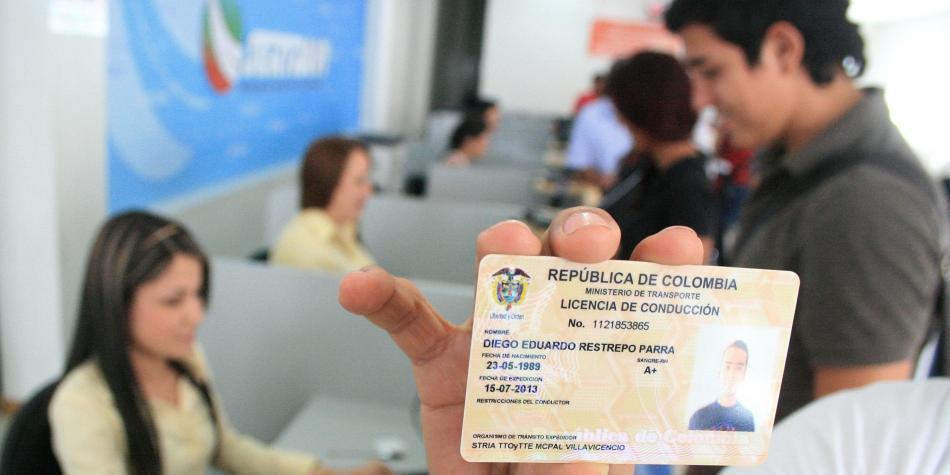 Así será el nuevo trámite para sacar el pase — COLOMBIA