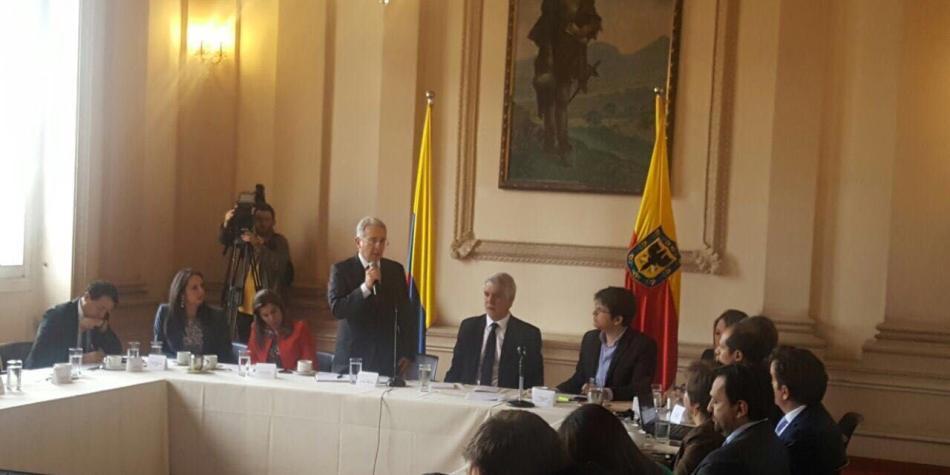 COLOMBIA: Más de $100.000 millones le constarían las revocatorias a Colombia