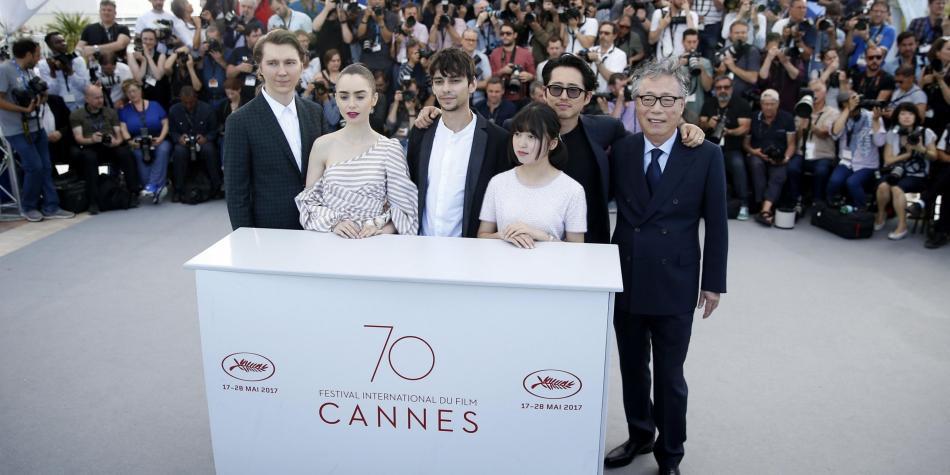 Público de Cannes abucheó proyección de Netflix