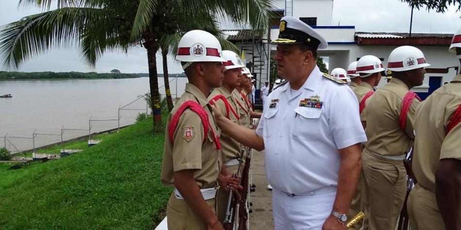Fallece el almirante Leonardo Santamaría, comandante de la Armada de Colombia