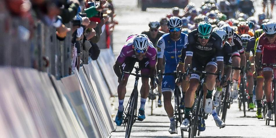 Fernando Gaviria se lleva cuarta etapa del Giro de Italia