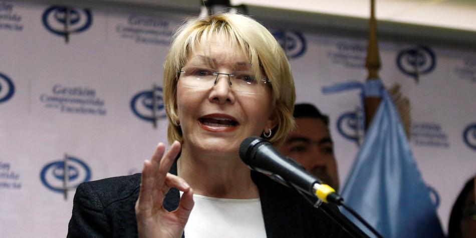 Oposición presenta denuncia contra Maduro ante Fiscalía