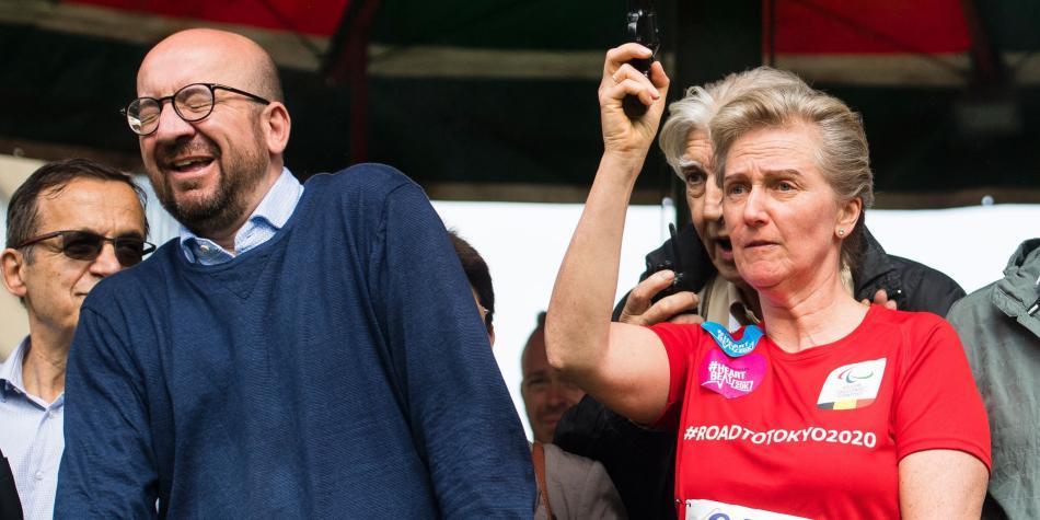 Primer ministro sigue con sordera tras disparo de princesa Astrid — Bélgica