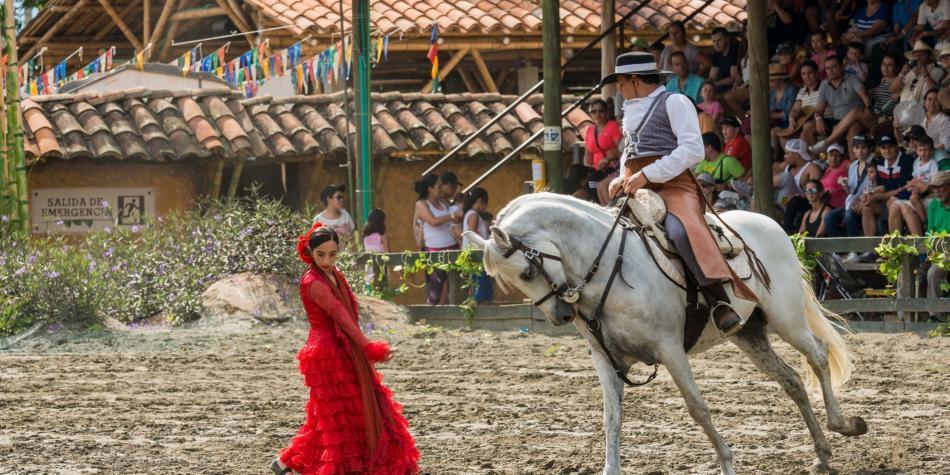Con un show de caballos, Panaca celebra sus 20 años