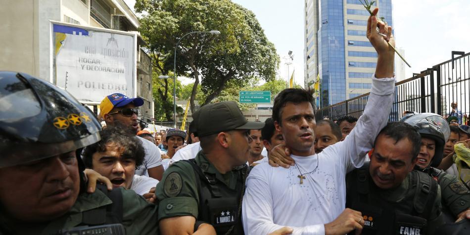 Por medio de video, Leopoldo López pide a militares 'rebelarse'