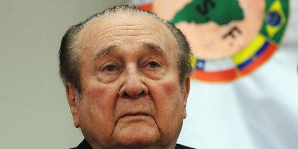 Dos ex presidentes de la Conmebol denunciados por lavado de dinero