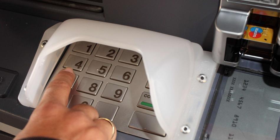 Aprueban ley para servicios bancarios sin cobro adicional