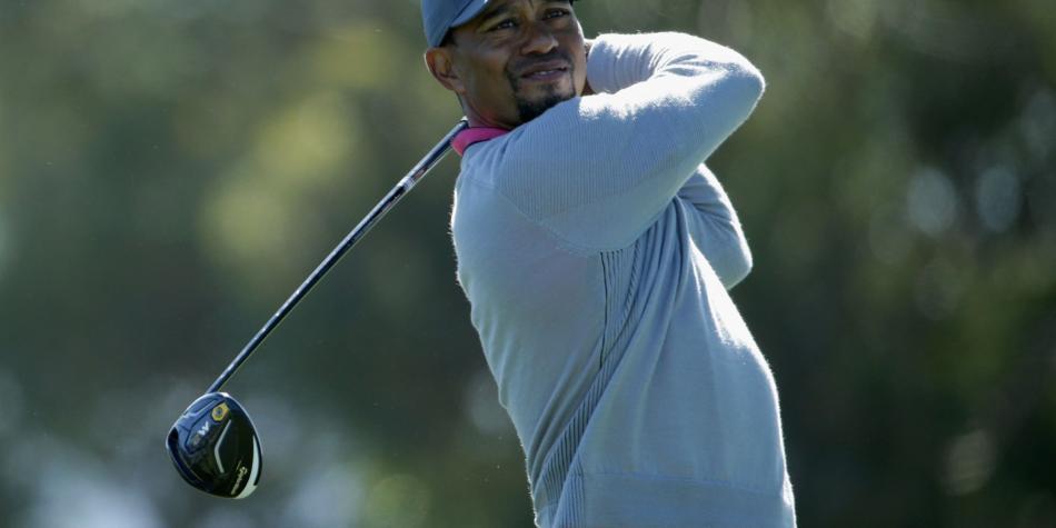 Golf: Woods dice superar con éxito primera fase de tratamiento