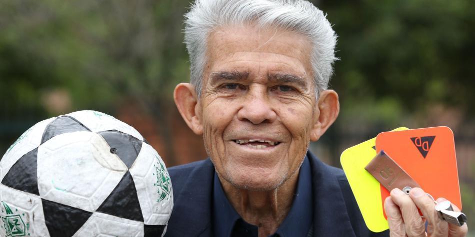 Fallece el Chato, el árbitro colombiano que expulsó a Pelé