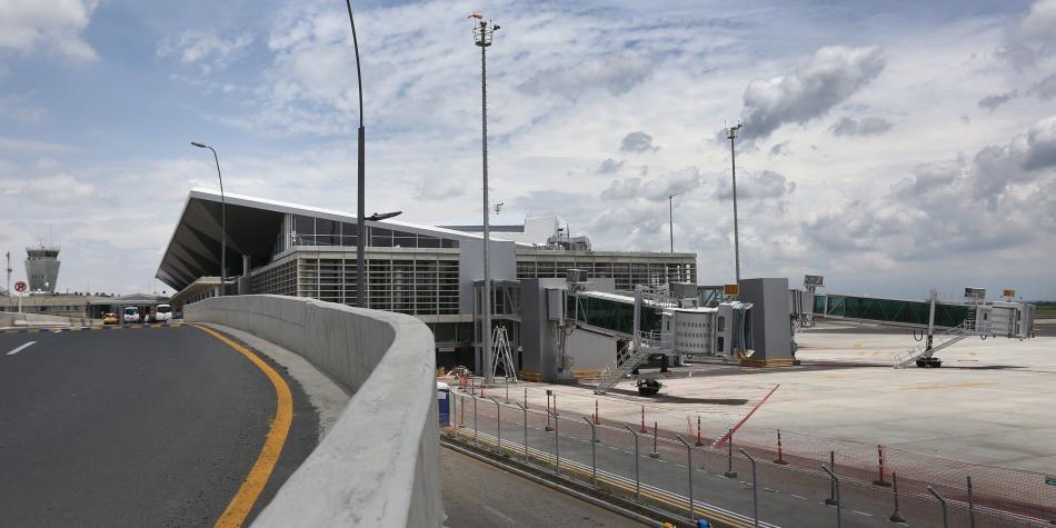 Avión se declara en emergencia y aterriza en este aeropuerto — COLOMBIA