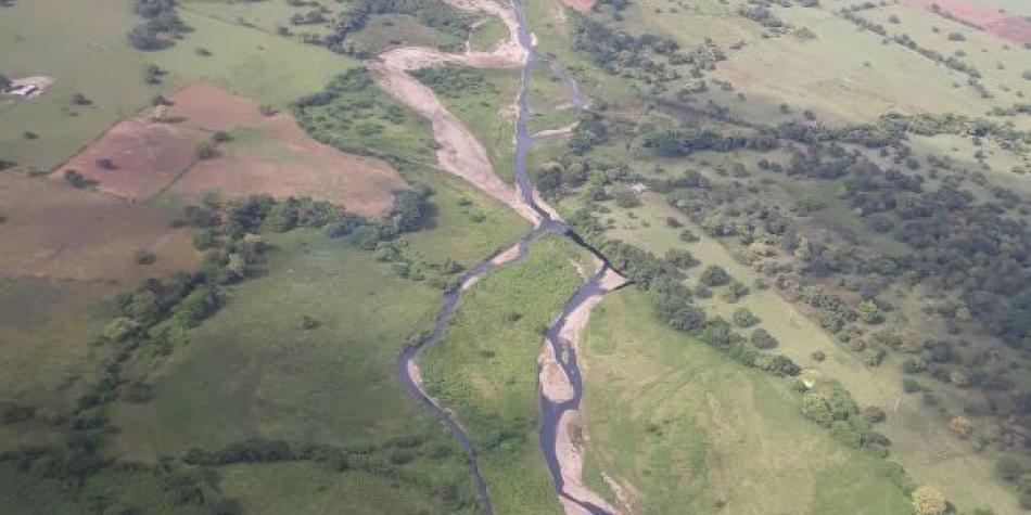 La lucha contra minas antipersona en oleoducto Caño Limón-Coveñas