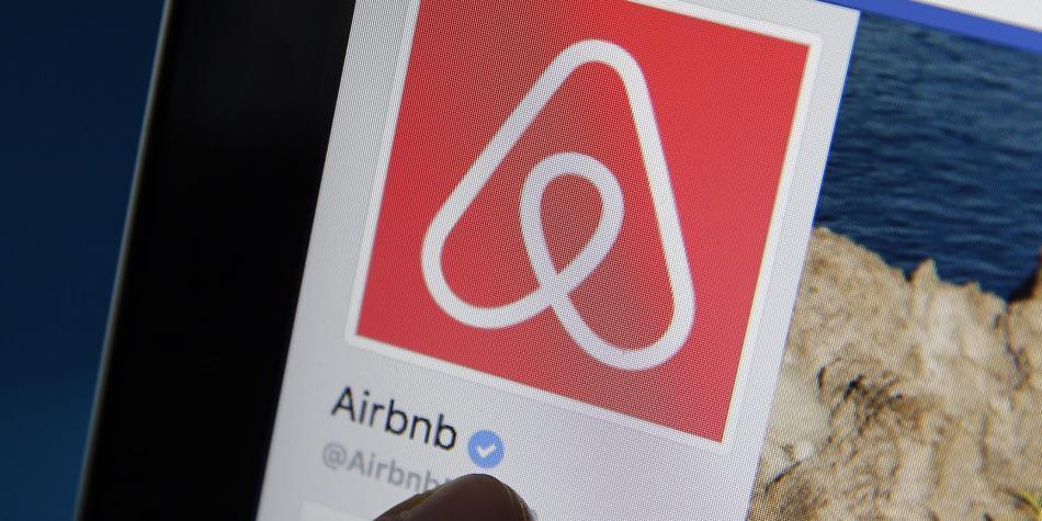 Airbnb se inscribirá en el Registro Único Tributario y pagará IVA