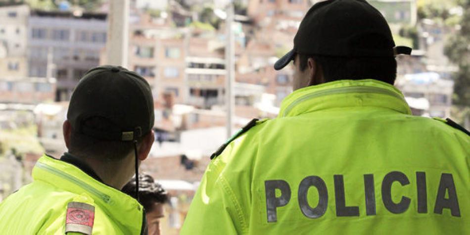 Resultado de imagen para policia corruptos colombia